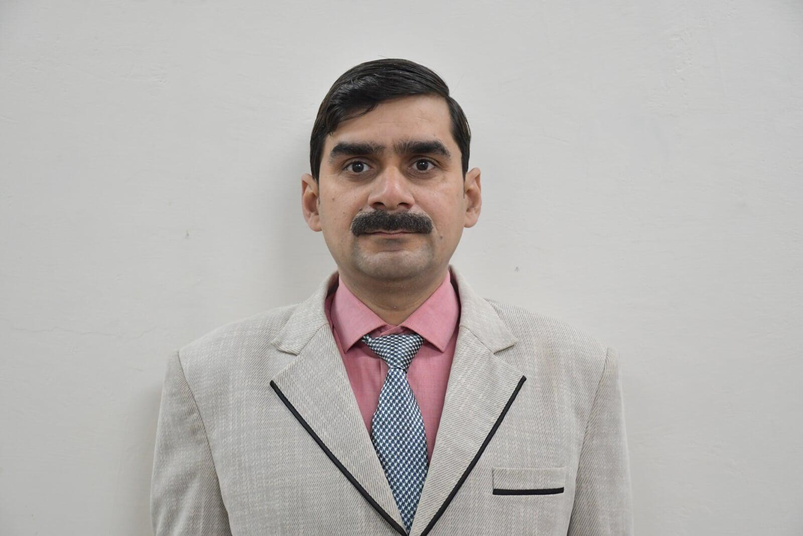 Mr. Navneet Chaudhary B.Tech ECE Faculty at ITS