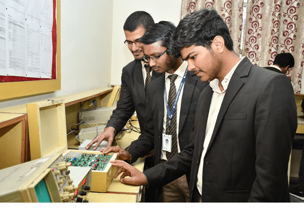 Integrated Circuit Lab at ITS