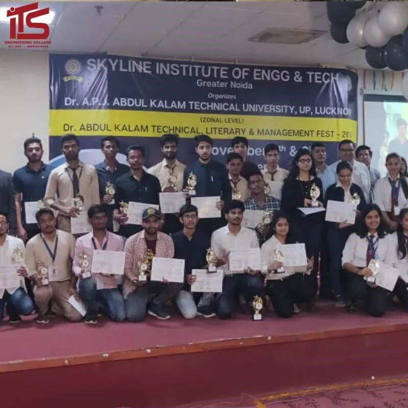 Student Activity Robowar - University Toppers - ITS Engineering College