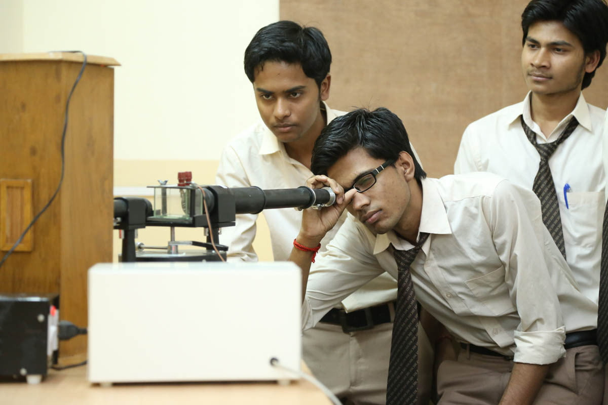 B.Tech Applied Science and Humanities Physics Lab